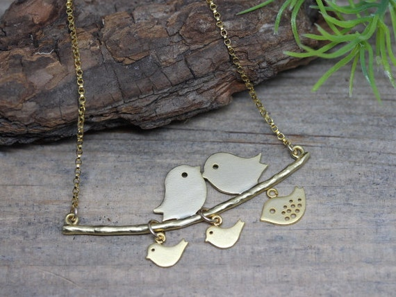 Gold lover bird necklaces, Family Necklace, Gold bird Necklace . Love Birds Necklace . Couple and babies . Family Necklace, Mom gift .