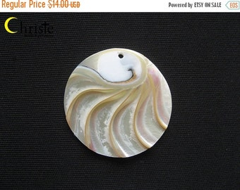 SALE 50% OFF Nautilus Shell organic round cabochon pendant with hole 40mm