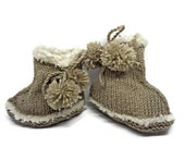 Brown bootees, brown baby shoes, unisex bootees, knit bootees, brown booties, newborn gift, brown pram shoes, baby shower gift, newborn shoe