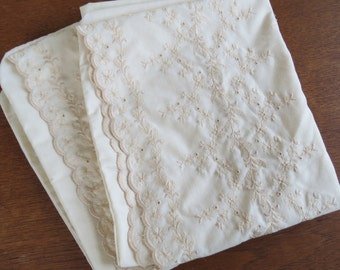 """Vintage Pillowcase Pair - Cream Eyelet Embroidery by Fieldcrest Perfection - 33"""" x 19"""" Fine Combed Percale"""