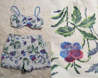 Vtg 40s PIXELATED Floral Shorts BIKINI, Small to Medium