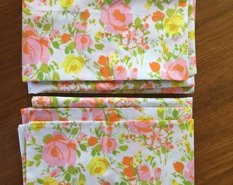 Pair of Mid Century Floral Pillow Cases, Vintage Mid Century 1960s or 1970s, Pink, Yellow, Green, Excellent Condition