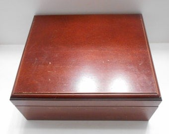 Vintage Large Double Hinged Wooden Box (BP) (V)