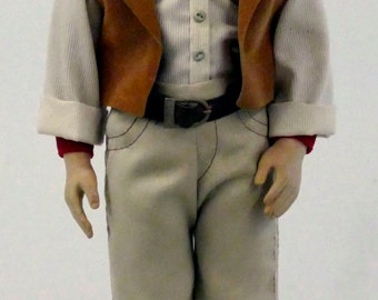 Vintage John Wayne 1981 Figurine with Stand