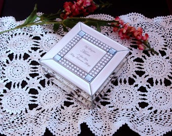 """Centerpiece doily, hand crocheted centerpiece doily, Ivory doily, small runner, hand made, cottage chic, country decor, oblong, 15x10"""","""