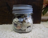 One Vintage Half Pint Ball Perfect Mason Clear Jar Full of Vintage Plastic Buttons New Old Stock Zinc Lid Included B1440