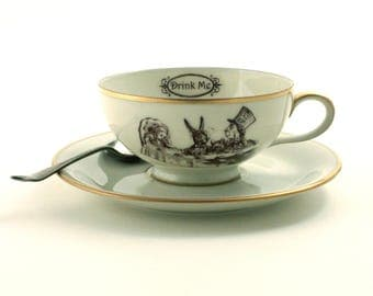 Alice in Wonderland, Tea Party, Tea Coffee Cup, Vintage Porcelain, Lewis Carroll, Drink Me, All Mad Here, Geekery Shabby Chic Romantic