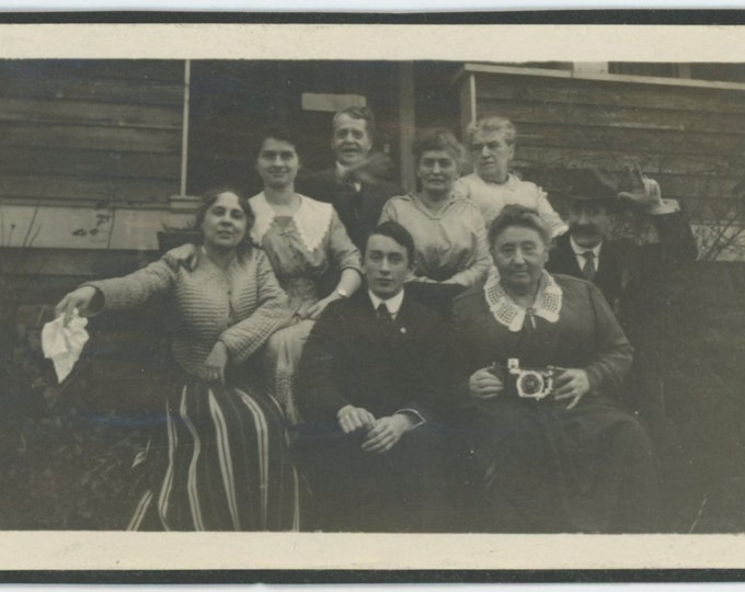 Vintage Snapshot Photo: Group Portrait with Camera, c1910s-20s (71536)