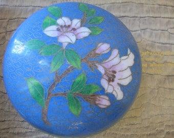 Chinese Cloisonne Enamel Trinket Box. BLUE w Flowers. Spring Home Decor. Asian Home Style. Chinese Botanical Lidded Enamel Box. Jewelry Box