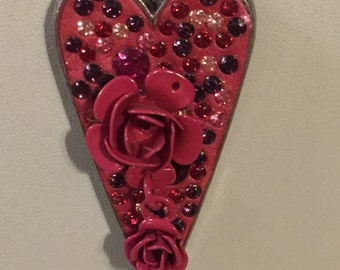 Pink heart and flower necklace