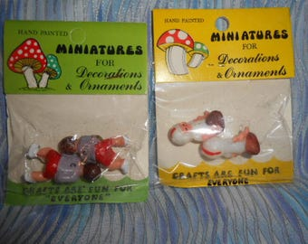 Miniature Plastic Hockey Players-Football Players-Old Store Stock