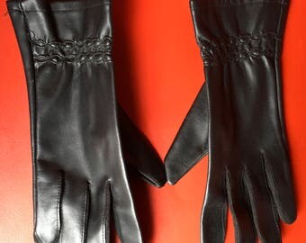 Vintage 60's black   PVC ladies gloves empire madr