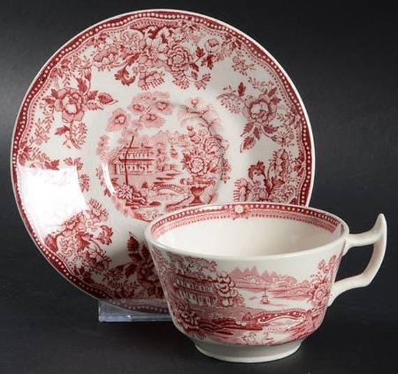Red Clarice Cliff Tonquin Tea Cup and Saucer Set
