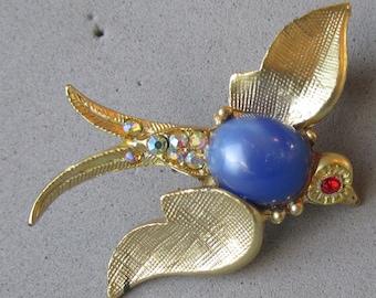 1960's Vintage Blue Bird Aurora Borealis Rhinestone & Jelly Belly Pin