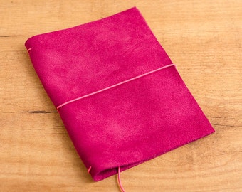 Handmade Leather Traveler's Notebook, Midori style in Passport / Pocket / A6 size - Serraje Cereza