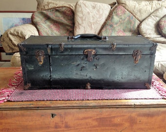 Vintage 1950's Western Auto The Wizard Chest Tool Box