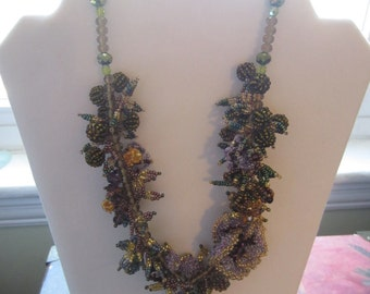 Vintage Beaded Necklace Floral Sparkly