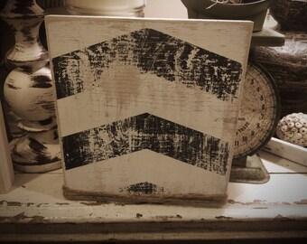Distressed chevron frame