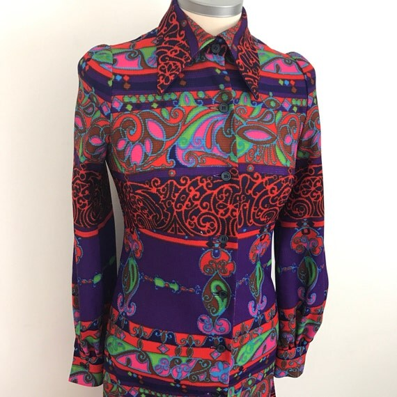 1970s dress vintage shirt dress Mod 70s psyhedelic colourful design fitted UK 8 long bishop sleeves dagger collar