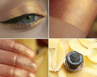 Eyeshadow: Birdlioness - MoonElf. Golden, sun eyeshadow by SIGIL inspired.