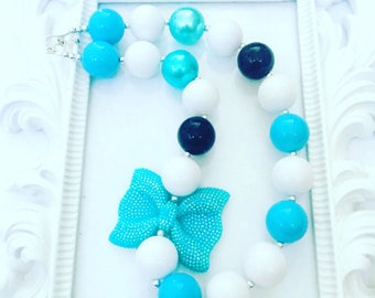 Turqoise And White Girk's Chunky Necklace, Girl's Turqoise Gumball Necklace, Inspired Frozen Chunky Necklace, Girl's Frozen Necklace