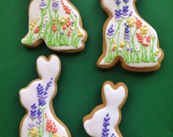 Easter Bunnies -Icing Flowers decorated Hungarian gingerbread cookies (4 pieces)