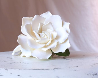 Light ivory Gardenia set of 2 Gardenia hair flower. Hair clip polymer clay flower for wedding.  Ivory Gardenia on alligator clip.
