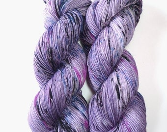 Speckled Sock Yarn Superwash Merino Nylon Fingering Weight Hand Dyed 100 g - Sweet Dreams *In Stock