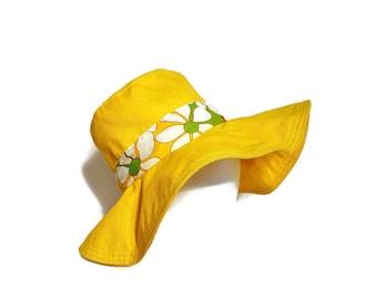 Yellow Hat Mod Flowers 70's Summer Wide Brim Floral Bucket Hat Beach Gardening Woman's Hat