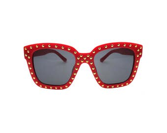 Chic Red Gold Studded Square Sunglasses - Siam