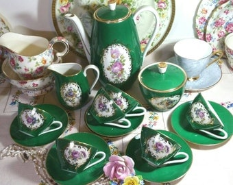 Bavarian China Vintage Coffee Set, Coffee pot, six cups and saucers, cream jug and sugar bowl. Green, white and gold.