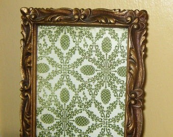 4 X 6 Gold Ornate Frame * Picture Photo Frame * Footed or Wall Hang * Glass Front