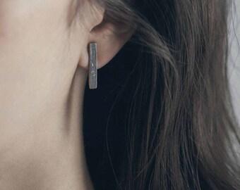 Calim Earrings
