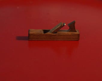 Dollhouse Miniature: Carpenter's Plane