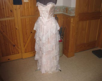 Vtg ZUM Zum lace and pearls elegant Southern  Bell formal tiered lace  Pink Wedding / Bridesmaid / Prom dress sz 8 free ship