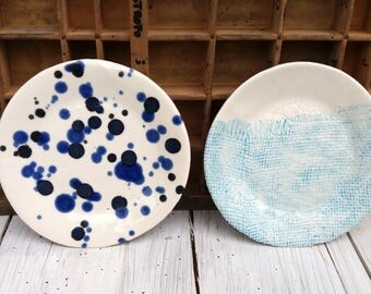 Set 2 piattini colori assortiti / tea time dishes / handmade dishes / porcelain dishes / deep blue and light blue