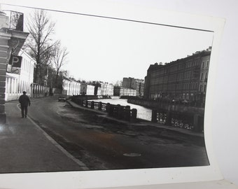 Black & white photograph of Amsterdam canal, Irene de Groot