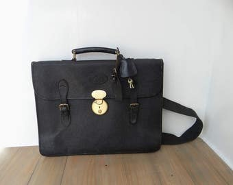 Vintage Mulberry Briefcase Black Scotchgrain Leather, Lockable with Key, Canvas Shoulder Strap, Tartan Lining circa 1980s