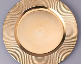 """13"""" Gold Plastic charger plate (set of 4 plates)"""