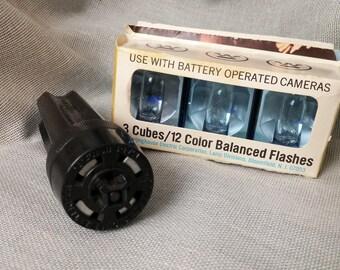 Vintage Westinghouse Flash Cubes & Kodak Flash Cube Extender