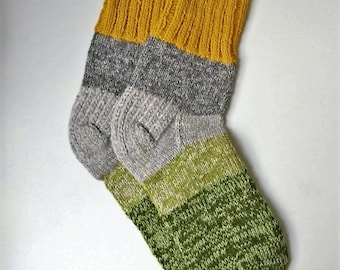 Size 42-43 EU/10-11 women 9-10 men US Hand knitted lambswool colorful men socks Ready to ship Warm hand made gift Classic wool socks
