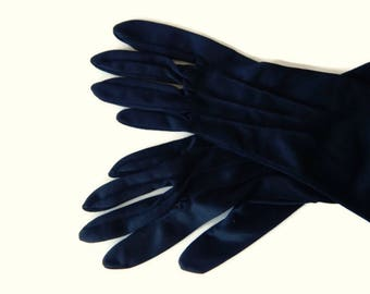 Black Thin Nylon Gloves Ladies Classic Past Wrist size 5.5
