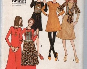 Vintage Margit Brandt Butterick Pattern 6463 DRESS PINAFORE OVERBLOUSE Bib Misses Size 10