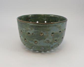 berry bowl  stoneware colander bowl
