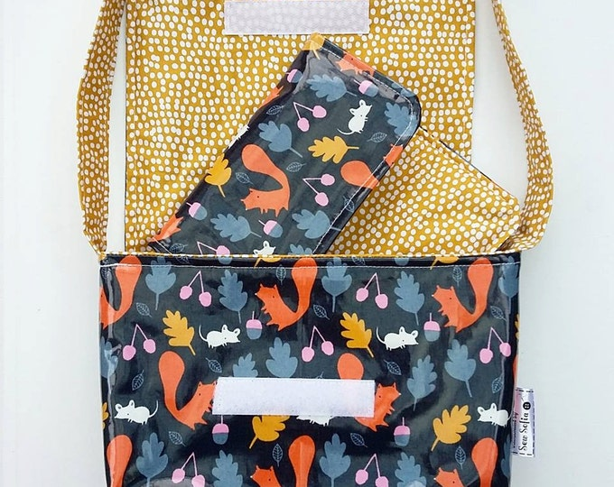 CHOOSE Fabric Wipe clean Dolly Changing Bag