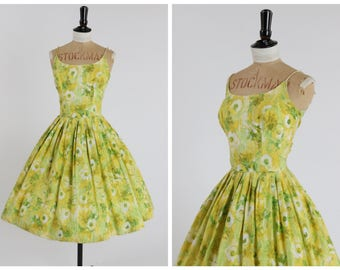Vintage original 1950s 50s cotton floral print sun dress by Cover Girl of Miami UK 6 8 US 2 4 XS S