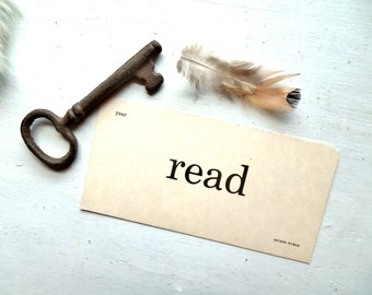 Read ~Vintage Word Flash Card ~ Library or Book Shelf Wall Word, Card Stock Paper Art Supply