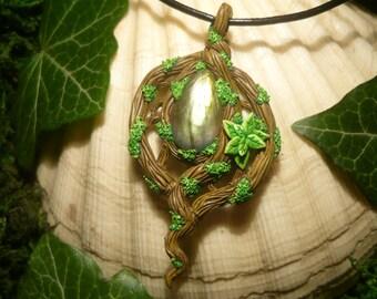 Amulet of Dryads- handcrafted Pendant with wonderfull Labradorite