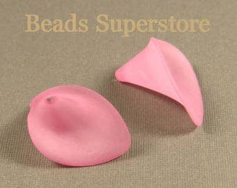 19 mm x 21 mm Hot Pink Calla Lily Lucite Flower Bead - 10 pcs