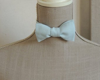 Bow tie, to establish yourself. Blue Clear cotton.